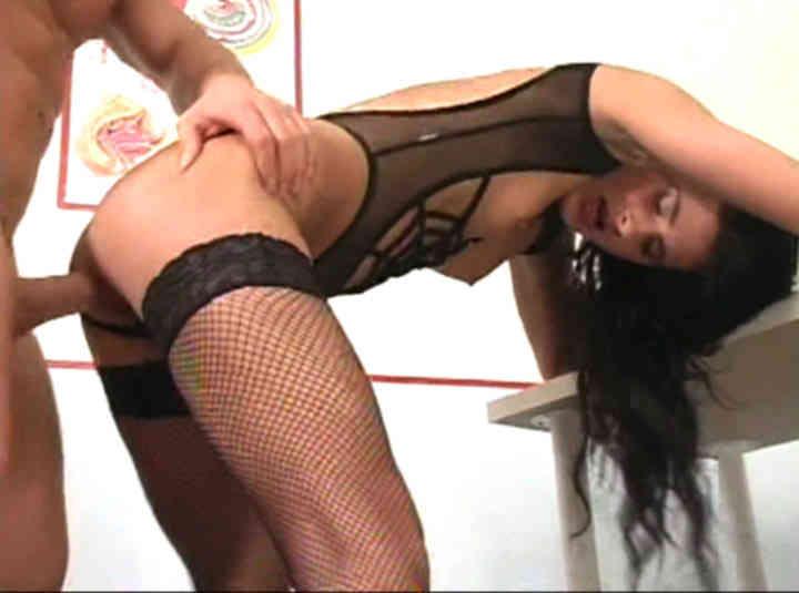 My virgin ass - scène n°5 - 15:54