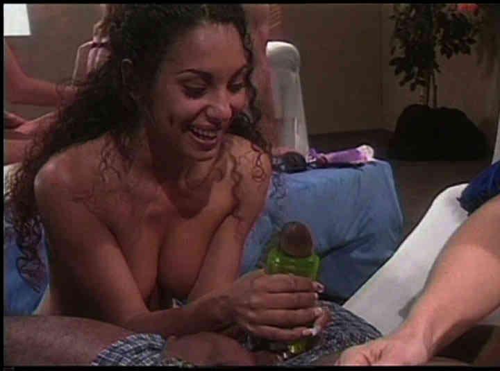 Les gadgets sexuels hard - scène n°1 - 52:04