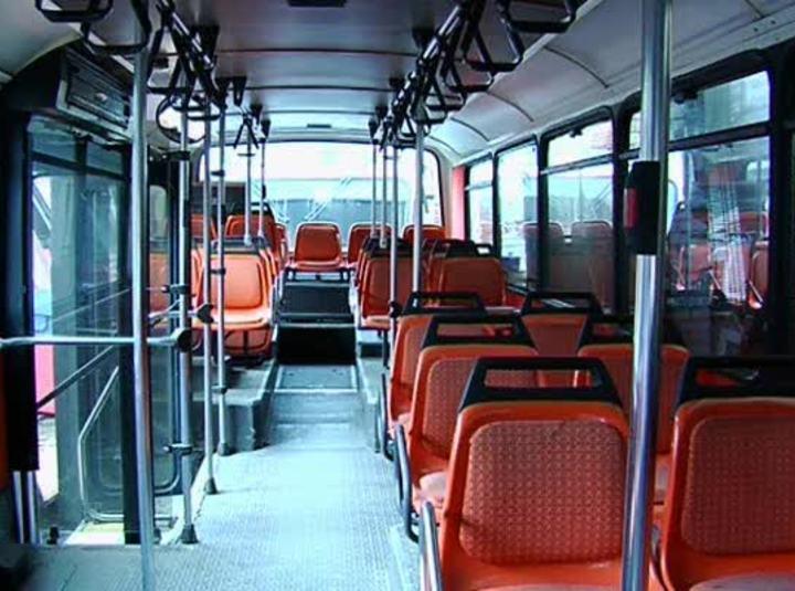 Deux double pour un bus - scène n°1 - 33:01