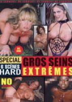 Gros seins extrème