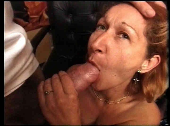 Mamans adultères - scène n°1 - 27:30